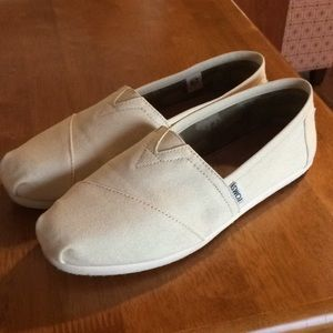 Authentic Toms canvas shoes